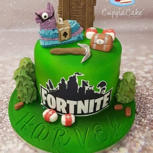 Fortnite Lama Cake